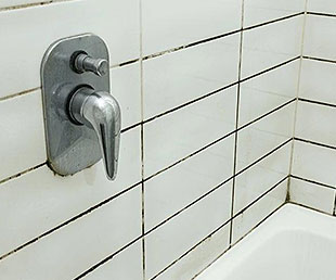 Dirty Bath Tiles and Grout